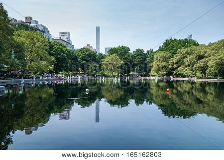 Weekend in Central park lake with RC boats