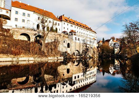 Beautiful view to castle and river Vltava in Cesky Krumlov, Czech Republic