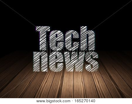 News concept: Glowing text Tech News in grunge dark room with Wooden Floor, black background