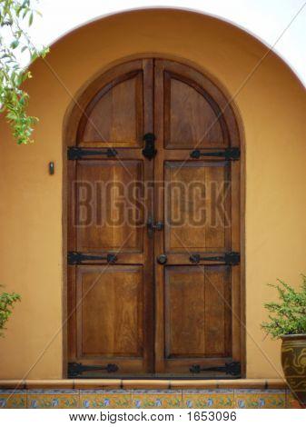 Front Door - Arched Wooden