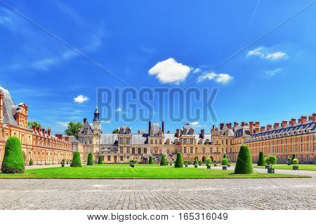 Fontainebleau, France - July 09, 2016 :suburban Residence Of The France Kings - Facade  Beautiful Ch