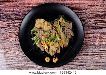 Spicy Fried Pickle Lettuce With Pig Liver