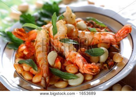 Cooked Shrimps With Bean