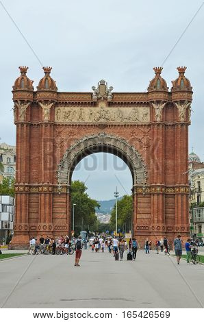 BARCELONA CATALONIA SPAIN - SEPTEMBER 2016: Triumph Arch Arc de Triomf with tourists