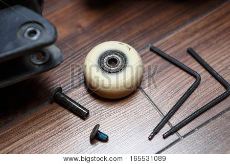 Aggressive Inline Skates Wheel And Bearings Replacement