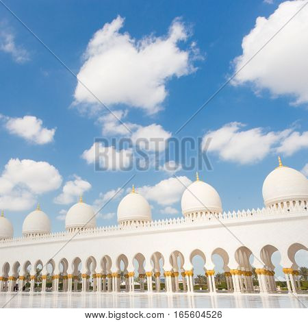 Architectural detail of Sheikh Zayed Grand Mosque in Abu Dhabi, United Arab Emirates.