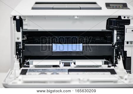 Opened the cartridge tray of Laserjet printer