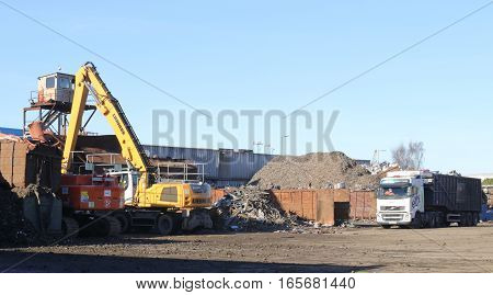 18TH JANUARY 2016,PORTSMOUTH, ENGLAND: A recycling of metal scrapyard in Portsmouth, england, 18th January 2016