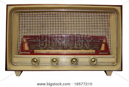 Radio antiguo aislado con trazado de recorte