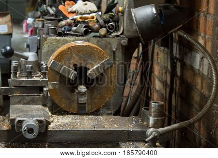industrial machines in a old factory. Foto