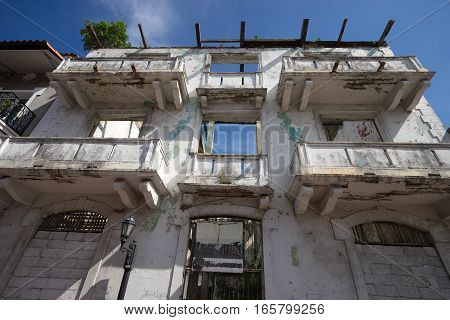 ruins of a colonial building in Casco Viejo Panama