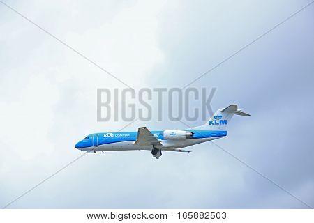 March 27th 2015 Amsterdam Schiphol Airport PH-KZD KLM Cityhopper Fokker F70 Polderbaan Runway