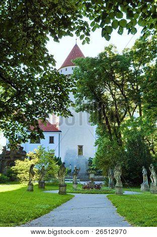 Konopiste Castle Courtyard ( Czech Republic)