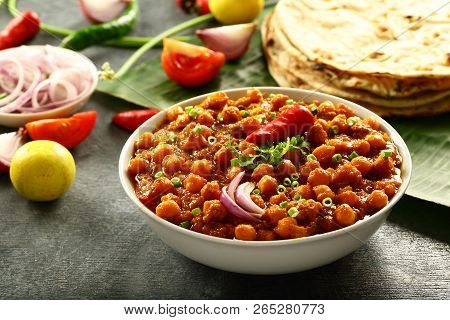 Homemade Delicious Chickpea Curry ,channa Masala Chole .