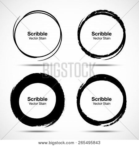 Hand Drawn Circle Brush Sketch Set. Grunge Doodle Scribble Round Circles For Message Note Mark Desig