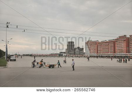 09/01/2018, Orang, North-korea: The Big City Square Always Seems A Little Overscaled In North Korea.