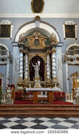 Dubrovnik, Croatia, July 29, 2018: Main Altar Of The Franciscan Church And Monastery In Dubrovnik, C