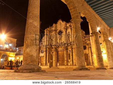 The Cathedral of Havana and its adjacent square illuminated at night