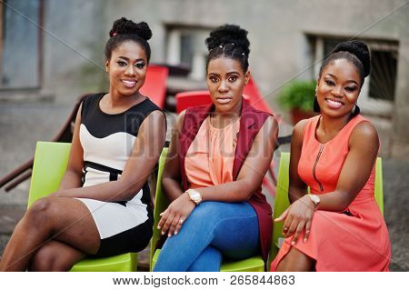 Three Stylish African American Womans Posed At Sunny Summer Day Outdoor.
