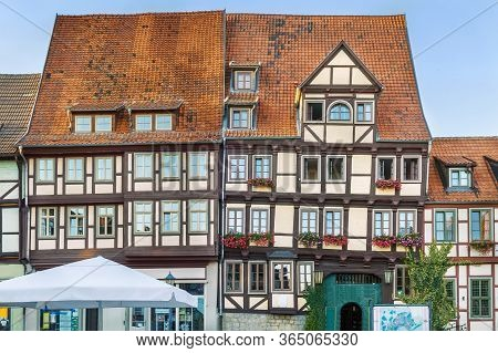 Sstreet With Historical Half-timbered Houses In Quedlinburg, Germany