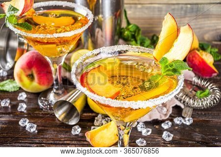 Peach Martini Cocktails
