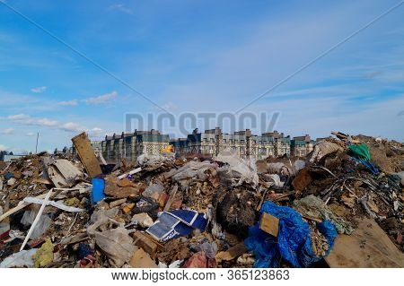 Odintsovo, Moscow Region/russia -  March 19th, 2020: Illegal Dumping Site Near Residential Buildings