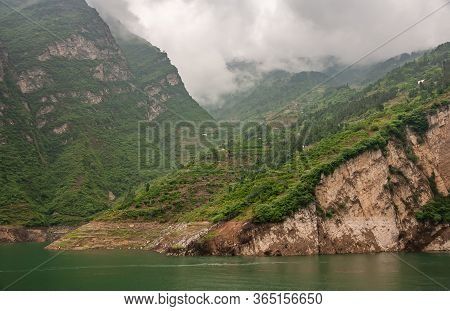 Xiangxicun, China - May 6, 2010: Xiling Gorge On Yangtze River. Agriculture Plots Arranged In Terrac