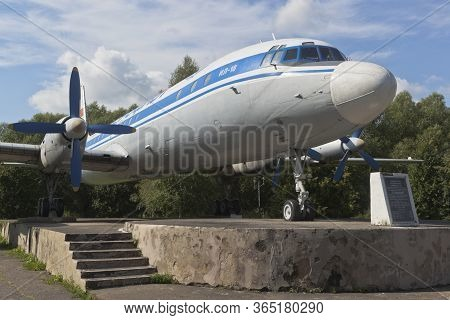 Vologda, Russia - August 20, 2019: Monument To The Passenger Plane Il-18 At The Airport Of Vologda
