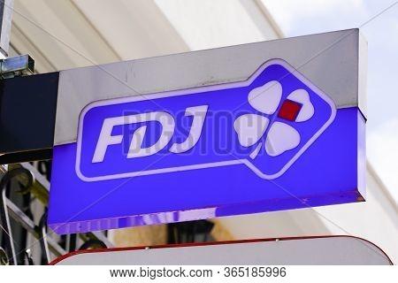 Bordeaux , Aquitaine / France - 05 05 2020 : La Francaise Des Jeux Loto Store French Blue Sign Logo