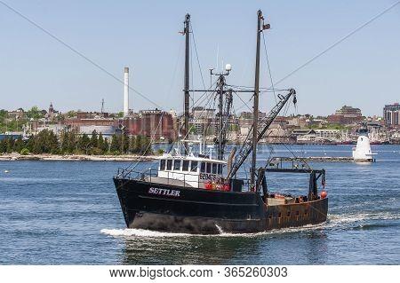 New Bedford, Massachusetts, Usa - May 21, 2018: Commercial Fishing Boat Settler, Hailing Port Mattap