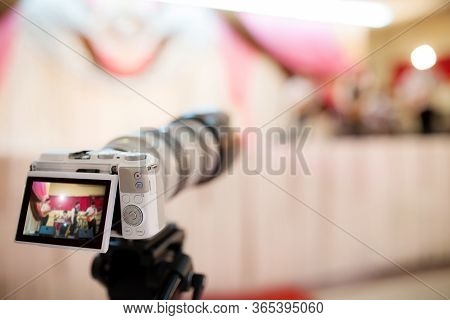 Camera Show Viewfinder Image Catch Motion In Wedding Ceremony, Catch Feeling, Stopped Motion In Best