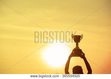 Sport Silhouette Trophy Best Man Winner Award Victory Trophy For Professional Challenge. Golden Trop