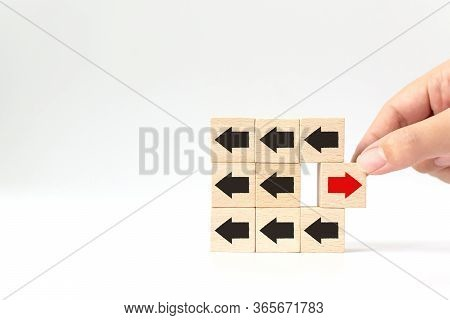 Hand Choosen Wooden Block With Red Arrow Facing The Opposite Direction Black Arrows, Unique, Think D