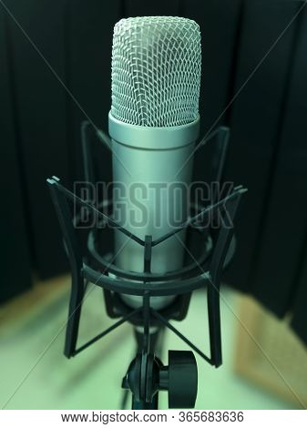 Microphone In The Music Recording Studio, Music