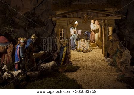 Nativity Scene Christmas, Art Objects Representing The Birth Of Jesus,nativity Scenes Exhibit Figure