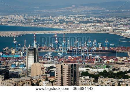 View Of Haifa From The Hill. Haifa Is An Israeli City And Port On The Mediterranean Sea. Haifa, Isra