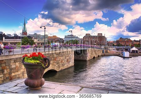 Stockholm, Sweden - August 12, 2013: The City Hall Bridge, Formerly Known As The New Kungsholm Bridg