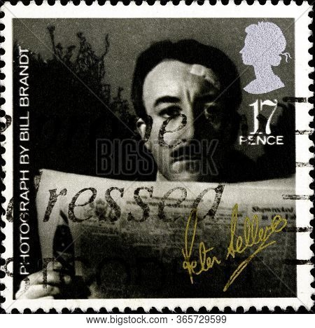 02 10 2020 Divnoe Stavropol Krai Russia Postage Stamp Great Britain 1985 Stars And Film Directors Of