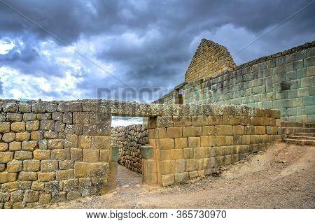 Ancient Ingapirca Ruins In The Azuay Province, Ecuador. The Largest Inca Ruins In Ecuador