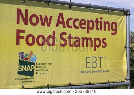 Terre Haute - Circa May 2020: Snap And Ebt Accepted Here Sign. Snap And Food Stamps Provide Nutritio