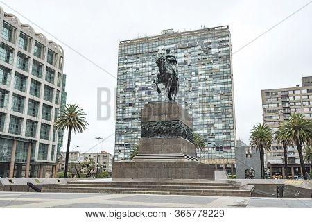Montevideo / Uruguay, Dec 29, 2018: Artigas Mausoleum, In Plaza Independencia, Independence Square.