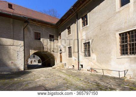Red Monastery, Slovakia - April 20, 2019: 14th Century Red Monastery Next To The Dunajec River