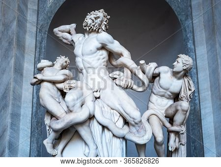 Rome, Italy - January 10, 2019: Vatican Museums, Octagon Courtyard, The Statuary Group Of The Laocoo