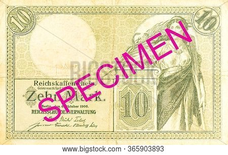 A Single 10 German Mark Bank Note (1906) Obverse