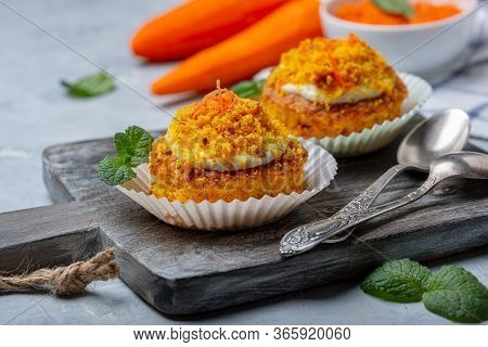 Traditional Carrot Mini Cakes Are Served On A Wooden Serving Board, Selective Focus.