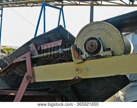 Tension Drum And Belt Conveyor Tension Mechanism Of A Specialized Metallurgical Concentration Plant