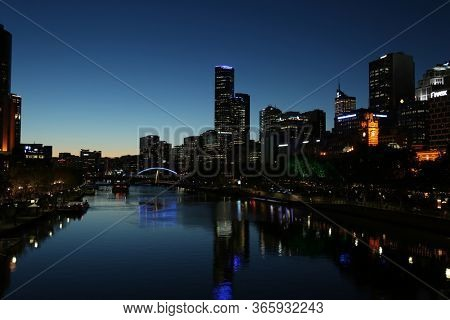 MELBOURNE, AUSTRALIA - OCTOBER 14, 2016:  Melbourne cityscape during blue hour and the Yarra river in downtown Melbourne, Victoria,  Australia