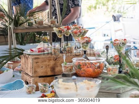 Luxury Catering By The Pool, Food Bloggers Event, Banquet, Wedding, Festive, Hotel Brunch Buffet Arr
