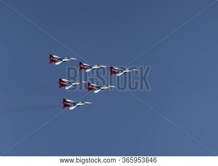 Moscow Russia Zhukovsky Airfield 31 August 2019: Aerobatic Team Swifts Mig-29 Perfoming Demonstratio