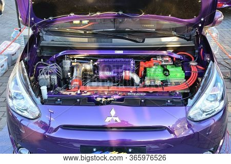Pasay, Ph - Dec 8 - Mitsubishi Mirage Motor Engine At Bumper To Bumper Car Show On December 8, 2018
